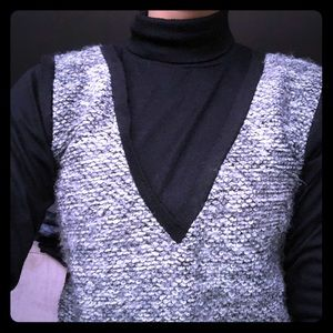 Sweaters - 🖤📚 Wool vested turtle neck